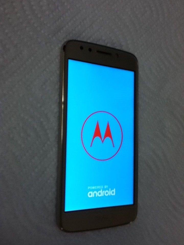 Metro PCS Motorola Moto E4-(xt-1765) Clean Esn- Works Great