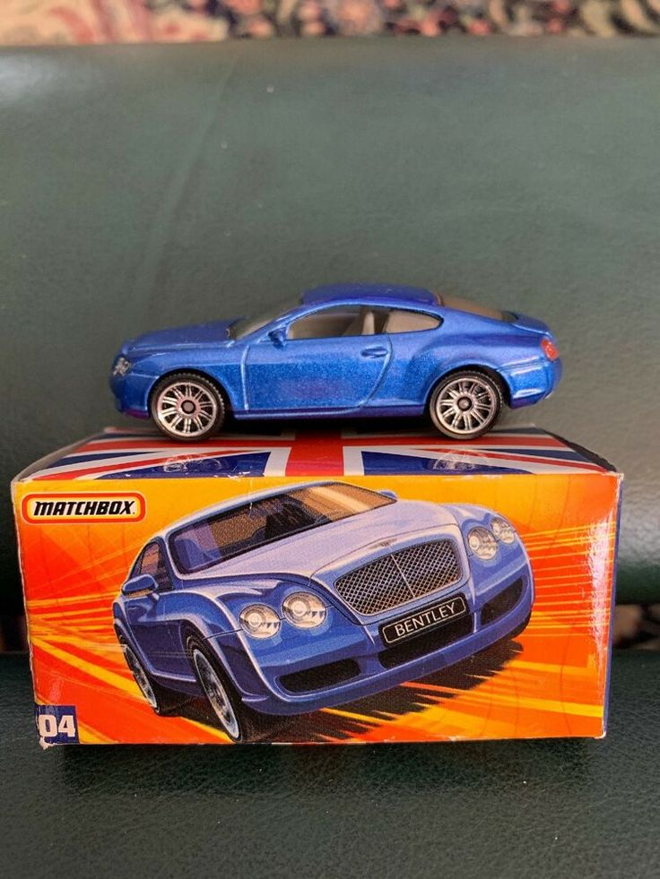 Matchbox British 4 Bentley Continental GT Blue with Box