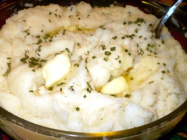 Instant Garlic Mashed Potatoes from Food.com:   								Want garlic mashed potatoes but don't have any real potatoes on hand? Use this simple recipe instead.