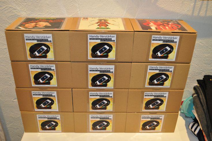 UPCYCLING - Handy-Verstärker verpackt - cell phone amplifier packed up - Viniyl Schallplatten - Vinyl records ...