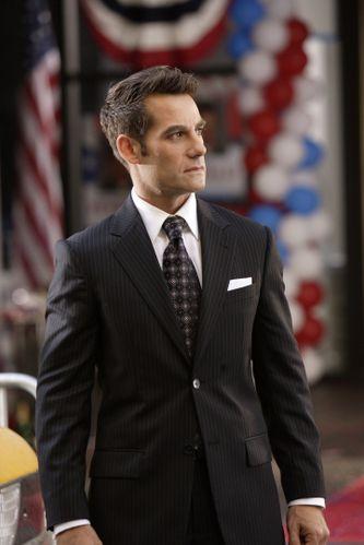 Adrian Pasdar as Senator Nathan Petrelli in HEROES