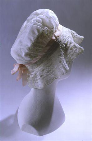 Touca de dormir em cambraia de algodão branco. MatrizNet