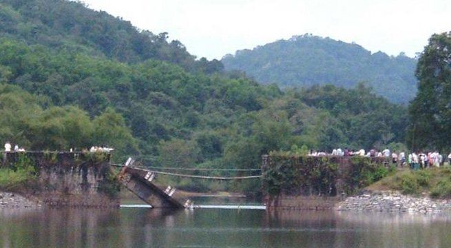 Imphal: The crucial Barak bridge located along the National Highway-102 collapsed this morning, cutting off land-locked Manipur from rest of the country, an official said. The bridge collapsed when a 10-wheeler goods-laden truck was passing through it, a transport department official said,...