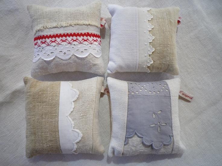 Carré de lavande : création http://espritlingeshop.canalblog.com/