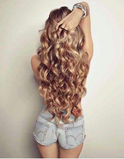 Gorgeous long wavy hair