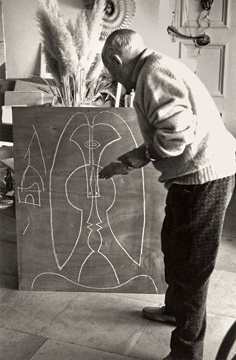 Pablo Picasso in Mougins, France, 1967, showing one of the Art Institute of Chicago studies for the Richard J. Daley Center Sculpture.