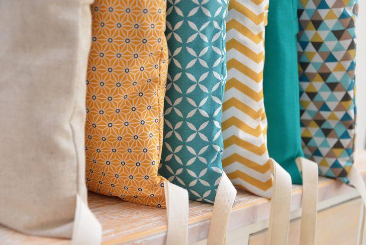 Tour de lit 6 coussins déhoussables, jaune moutarde et bleu