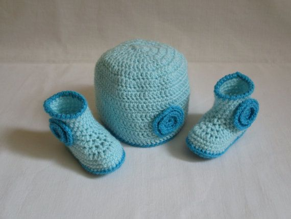 Crochet Baby Hat and Booties Set, Turquoise Crochet Baby Boy Hat and Booties Set