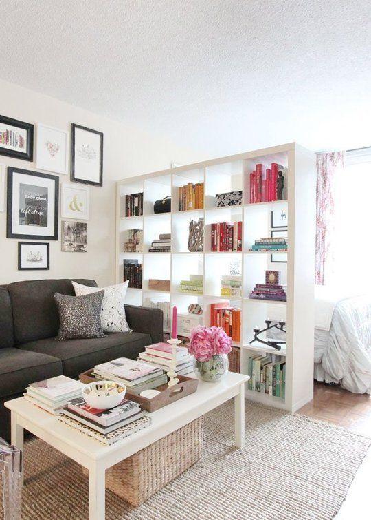 Blicke und Wohnungen: 8 Tipps, um ein Bett in einem offenen Raum zu trennen