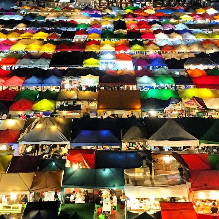 Night markets are pretty much an Asian institution, with vendors hawking local food, clothing and other bric-a-bracs from evening till late. And Bangkok's Talad Rod Fai Night Market takes it to a whole new kaleidoscopic level with its canopy of tents that puts the color in colorful. #KeepCalmAndJasTravel Bangkok, Thailand