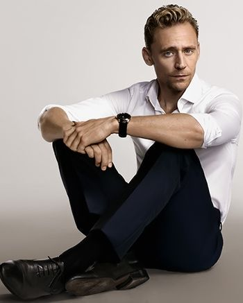 Tom Hiddleston. From the print edition of Singapore Today. Source: Torrilla (Full size: http://ww1.sinaimg.cn/large/6e14d388gw1eye32x9w1wj20i80c5n0s.jpg)
