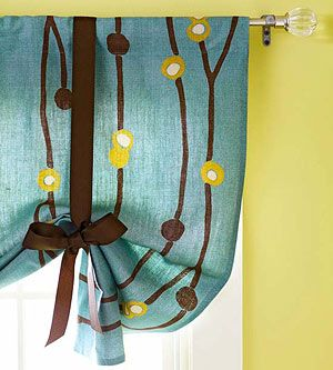 DIY Tie-Up Valance. For round window in bathroom. Could add pearls or beads on the bottom, or accessory instead of a bow.