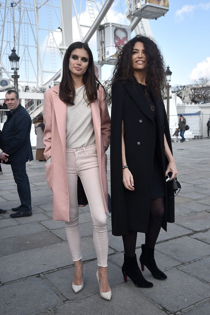 There's No Limit to Supermodel Style in the Streets of Paris