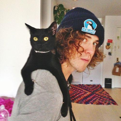 andrew vanwyngarden with a cat!!!!