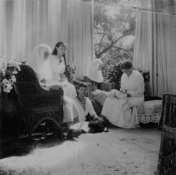 """delicate-flowers-of-the-past: """"""""The last Imperial children of Russia photographed in 1916. """" """""""