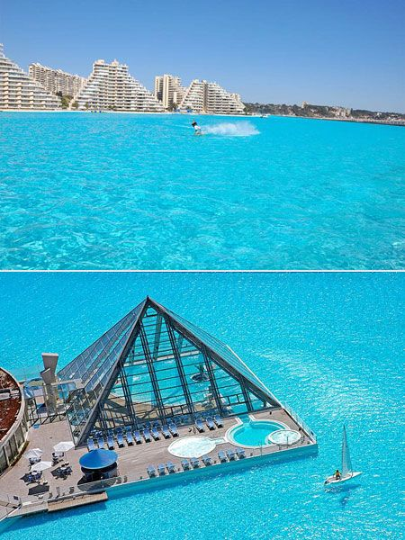 This isn't a beach..It's the largest pool in the world in Chile. Holds 600 millon gallons of water....Soo cool tho!
