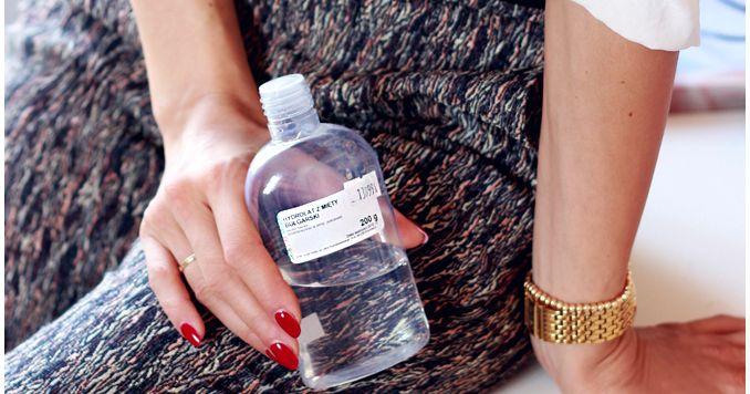 Alina Rose Makeup Blog: Najlepszy hydrolat do cery tłustej.