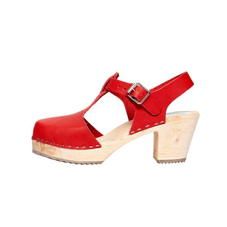 SWEDISH CLOG RED | NOMADA shop.nomada.eu.com