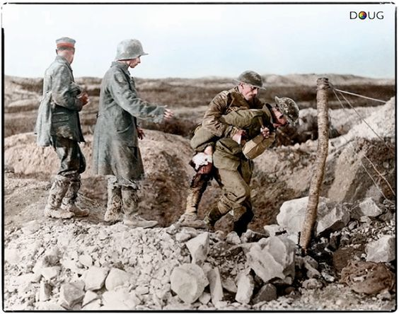 ww1 15 august 1917 canadian soldiers and german pows at