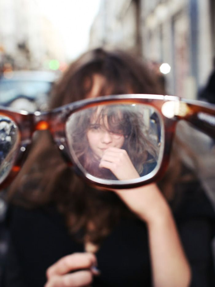 I see you from every point of view, whether blurry or crystal clear. see diff things through glasses - how they enlarge and distort