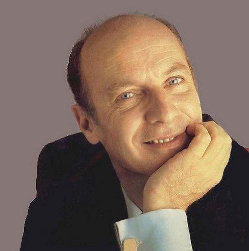 Wim Sonneveld, Dutch comedian and singer (28 juni 1917 - 8 maart 1974)
