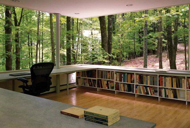 こんな書斎、永遠の夢です! ニューヨーク州のOlive Bridgeの森の中に建てられた「The Scholar's Library」という名の建物。1万冊の本を収納できる図書館のような書斎となっております。 こちらの建物、ニューヨークの建築設計会社Peter Gluck and Partnersによるもの...