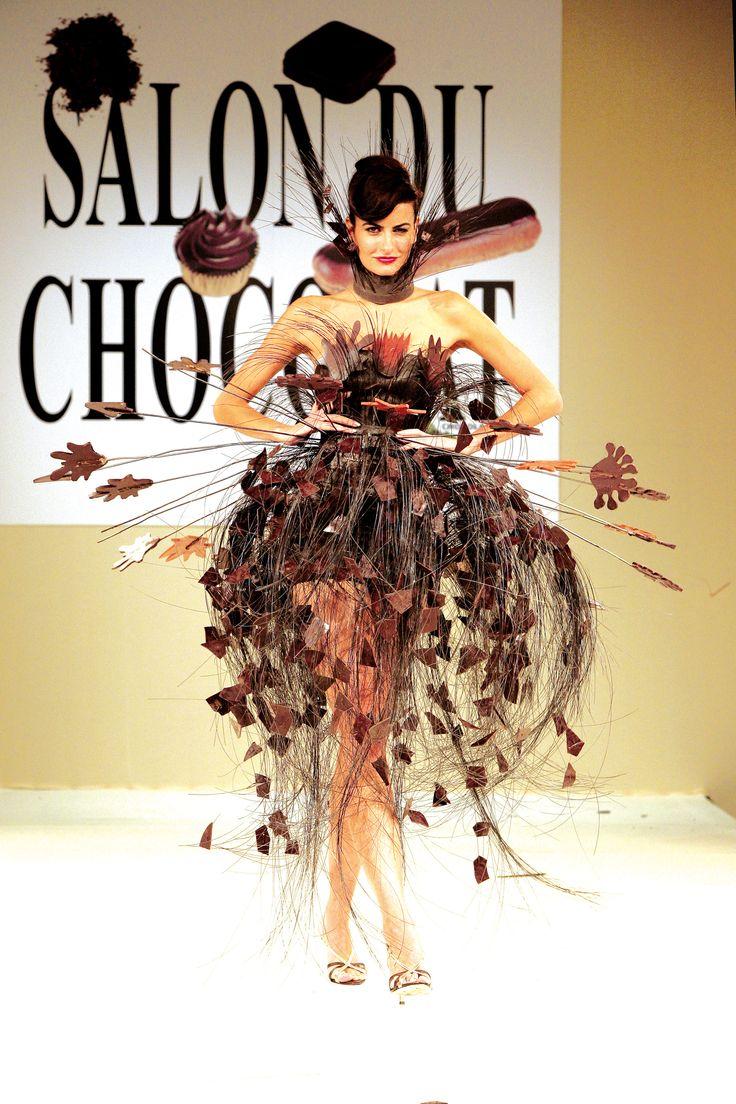 Le Salon du Chocolat est un rendez-vous qui met tout le monde d'accord. Son succès est tel qu'il en existe à ce jour 21 éditions annuelles, en France et à l'international !   http://www.gralon.net/articles/commerce-et-societe/metiers-de-bouche/article-le-salon-du-chocolat-de-cannes---un-evenement-gourmand-6596.htm