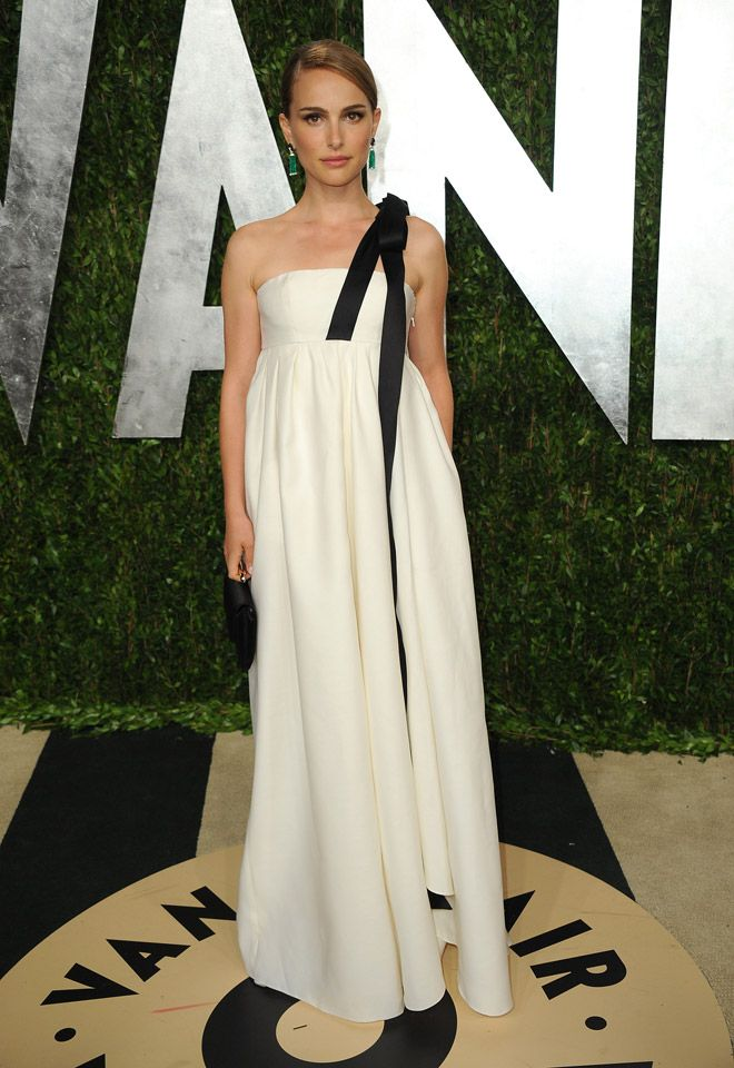 Natalie portman dior at the Vanity Fair After Party. Academy Awards 2013.
