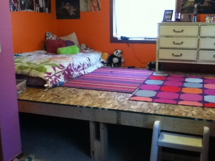 Teen girl loft idea!! Would allow plenty of storage space.