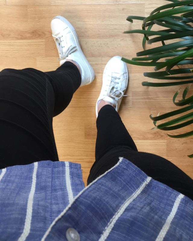 luciahperis Friday #shoesoftheday #fashion #look #madrid #style #ootd #primark #trousers #topshop #trainers #shoes #outfitoftheday #lookoftheday #zara #shirt #spanishfashion #modaespañola #friday #style