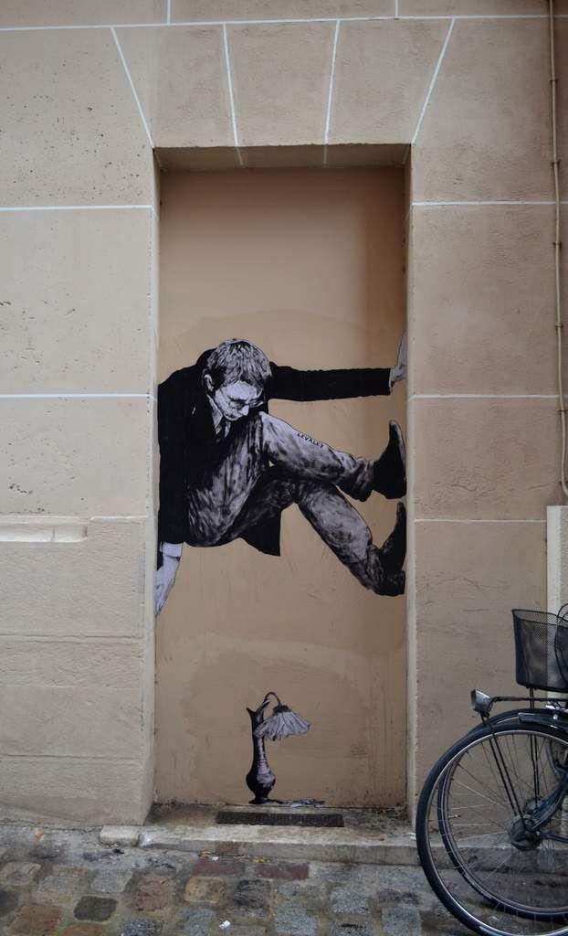 http://lespapierscolles.wordpress.com/2013/05/30/charles-leval-levalet/  Levalet - Charles Leval #streetart #art #rue #collage