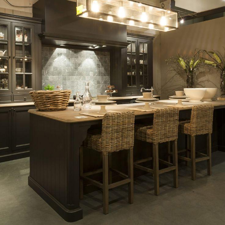 Les 25 meilleures id es concernant cuisine au style for Cuisine stockholm darty