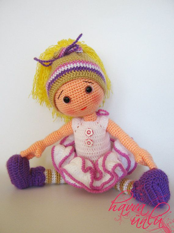 PATTERN - Eva Doll (crochet, amigurumi)