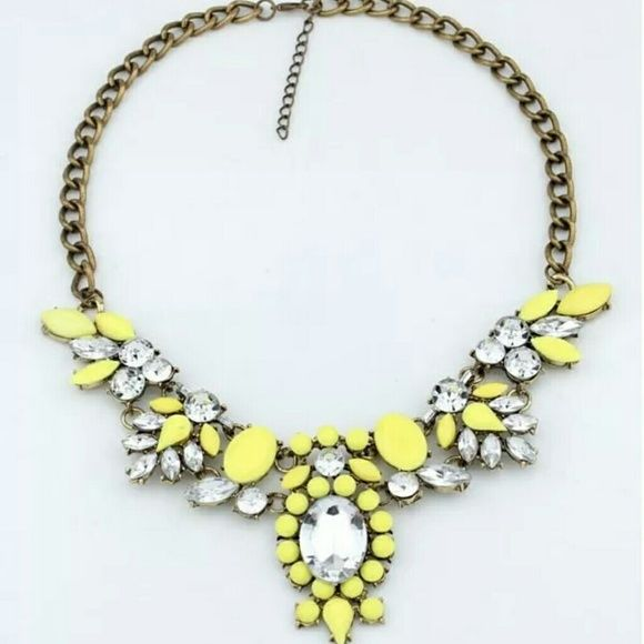 Beautiful yellow statement necklace Yellow statement necklace, bib style. Bronzed color alloy metal chain. Brand new with tags Jewelry Necklaces