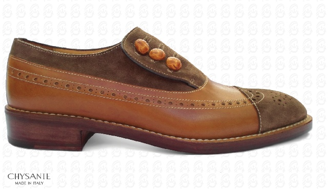"""Mod. BUTTON  in """"full grain"""" calfleather  chestnut brown colour  combined with suede leather  mink colour. Particular  seams in contrast.  Sole and heel in hide."""