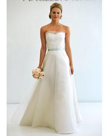 Wedding dress?: Wedding Dressses, Wedding Ideas, Wedding Dresses, Barn Weddings, Angel Sanchez, Beach Weddings, Gorgeous Wedding Dress, Dresses Kj