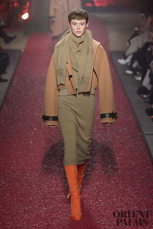 Hermes Fall-winter 2018-2019 - Ready-to-Wear   Trends Of Autumn ... ab00a15887d