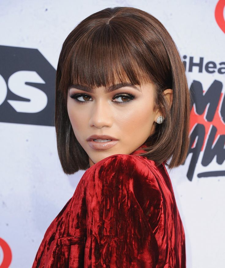 20 Blunt Bangs Hairstyles Inspired By Celebs With The Best Bangs I Am Co In 2020 Zendaya Hair Blunt Bangs Hairstyles Curled Hairstyles