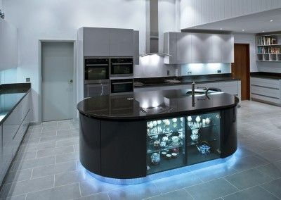 Black and white Parapan solid acrylic kitchen (1)