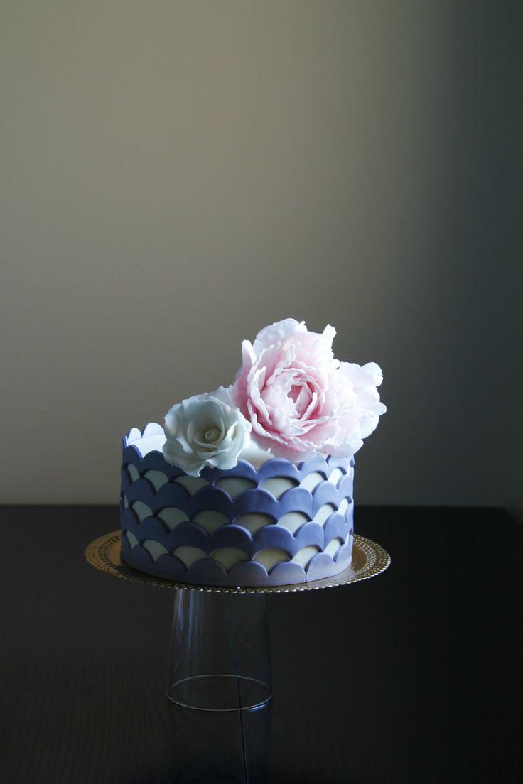 Floral simple cake