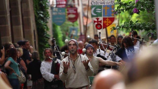 Depuis plus de 40 ans les Fêtes du Grand Fauconnier replonge la cité dans l'ambiance médiévale.