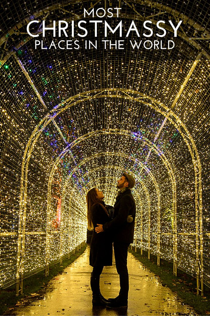 Christmas decoration all around the world - 30 Christmas Destinations Photos