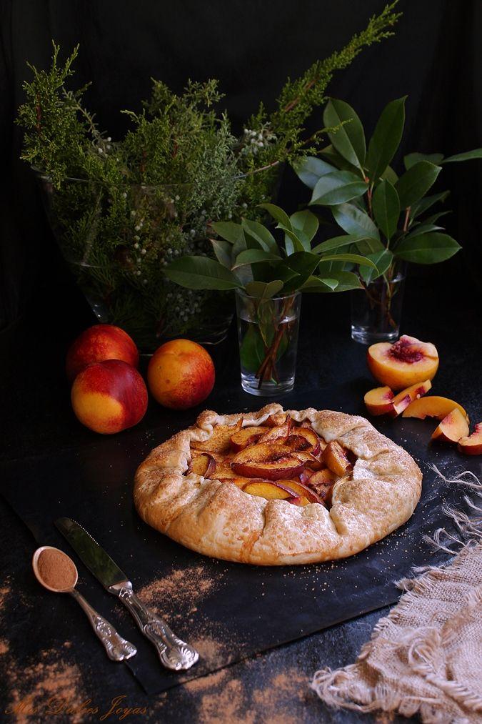 Galette de nectarina.  Las galettes son una especialidad gastronómica de origen francés , muy fáciles de preparar....