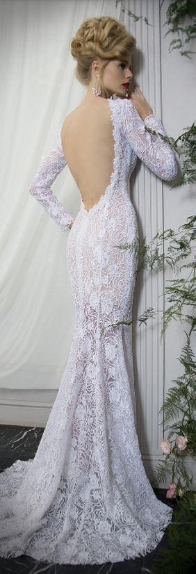 (via Wedding Dress   Bridal Style   BRIDAL)