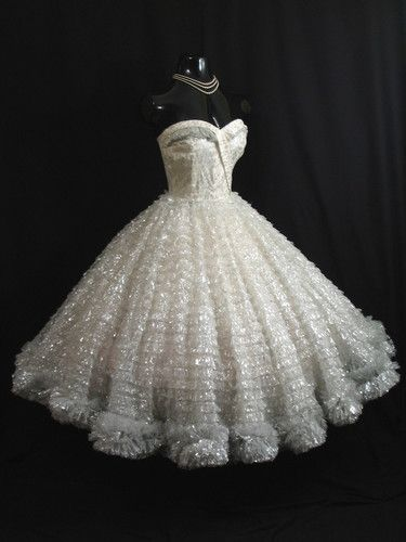 ~50s Strapless White Metallic Tulle Lace Prom Dress~