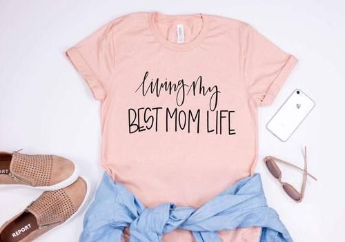 LIVING MY BEST MOM LIFE  Looking for some inspiration or ideas for this upcoming Mother;s Day?Mother's Day gift ideas for all the woman in your life! Mother's day gift basket ideas for adults and woman of all ages! Give the gift that they can use everyday and think of you! Mothers day gift idea from toddlers or children too