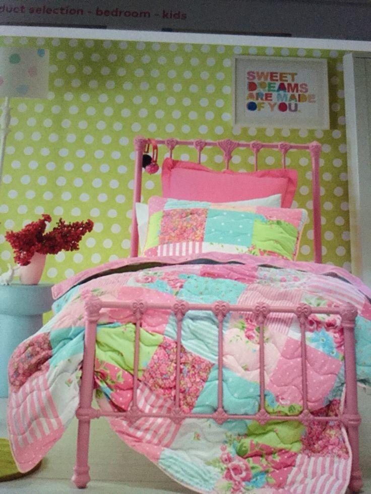 So sweet for a little girls room