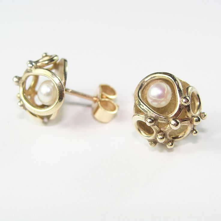 Zalisander, Annulars studs, 9ct. Gold with Freshwater Pearl...  Stand 92 @ BCTF 2015 www.zalisander.com