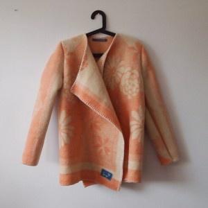 Prachtige jassen van oude dekens