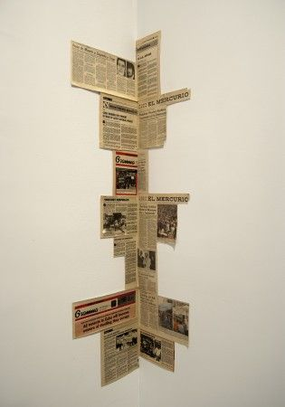 Corner by Juan Downey (Chile, 1940-1993) 1985 Newspaper clippings on wall Articles from Granma (leftist Cuban newspaper) and El Mercurio (rightist Chilean newspaper). Variable dimensions. Photo Credit: MIT List Visual Arts Center (Courtesy Marilys B. Downey.)